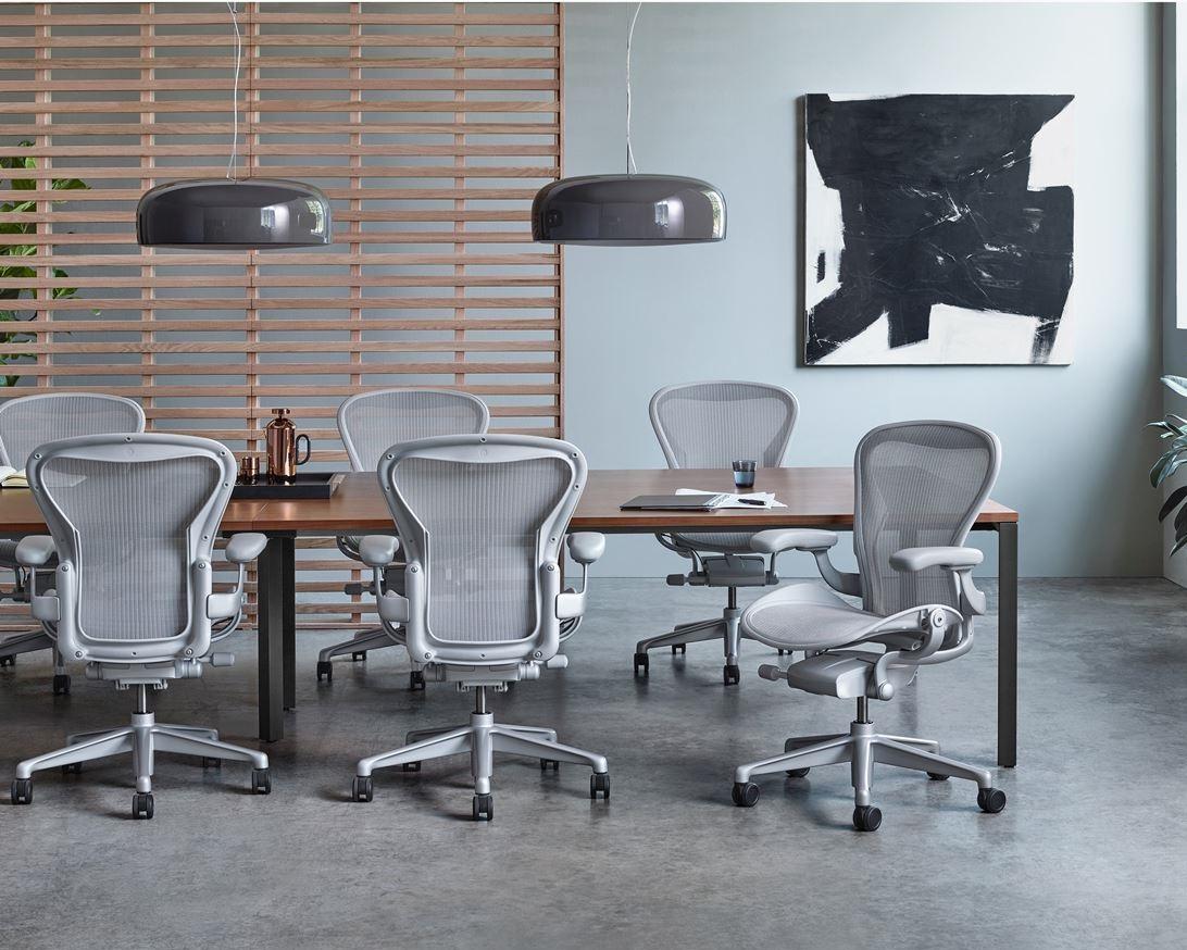 Ghế egonomic sử dụng ở văn phòng làm việc